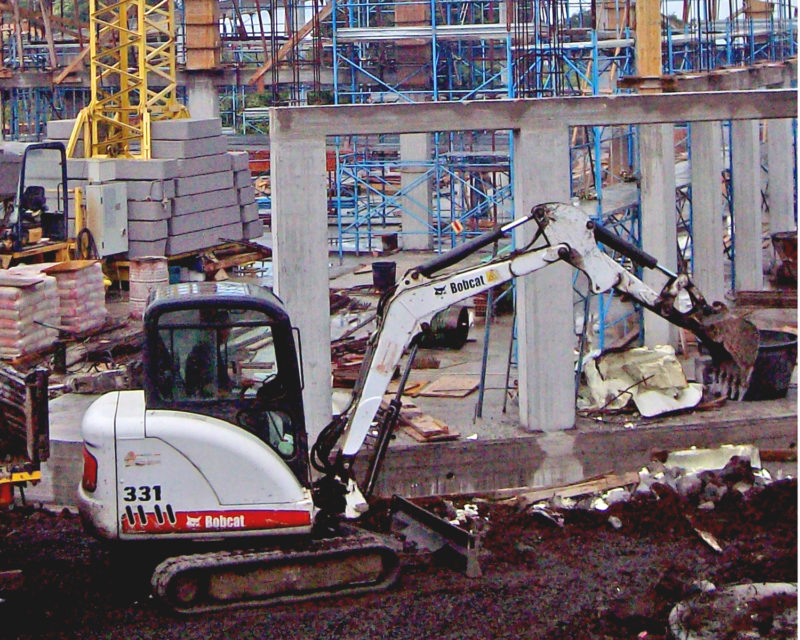 Escavatore BobCat 331